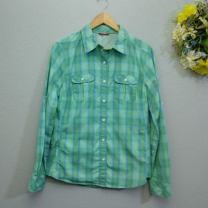 North Face Medium Button Down Vapor Wick Shirt